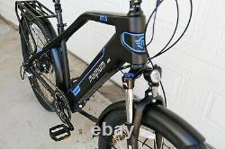 Magnum Voyager Vélo Électrique. Commuter Urbain E-bike
